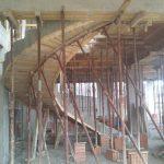 Lavori di costruzione di un palazzo a Favara.